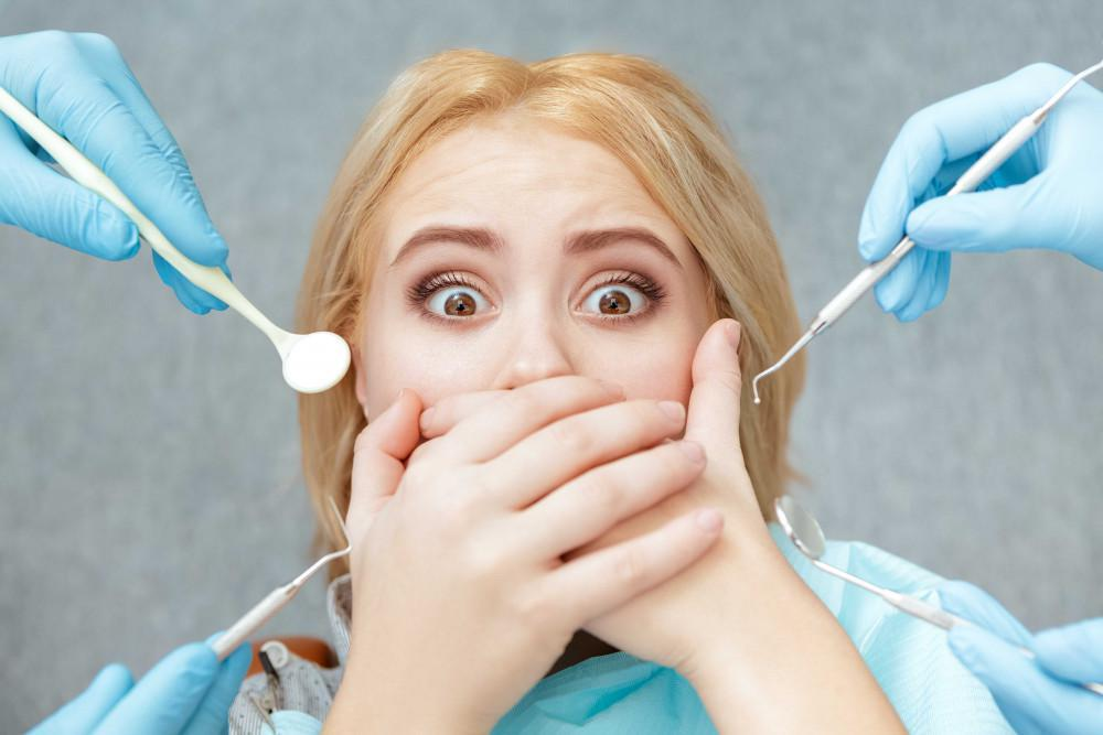 patient with a fear of the dentist